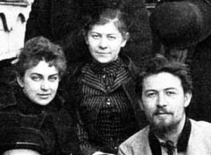 Left to right: Lika Mizinova, Maria Chekhova and Anton Chekhov